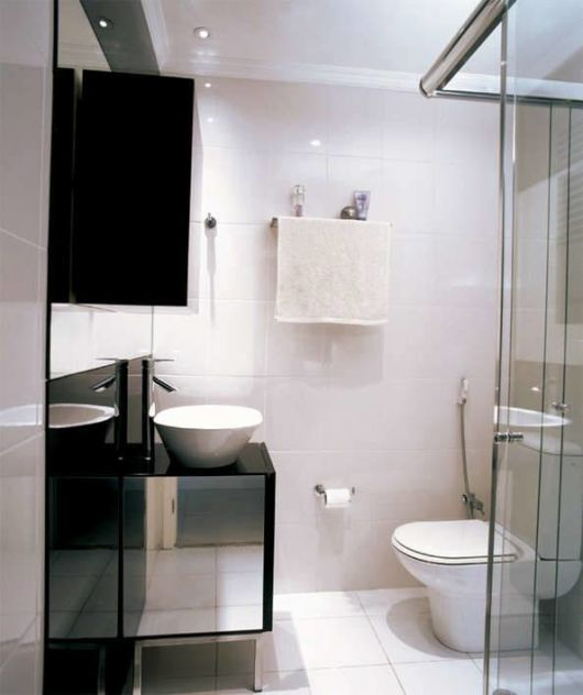 #474565 BANHEIRO PRETO E BRANCO 45 Estilos e Fotos 530x632 px Banheiro Simples Preto E Branco 2018 3799