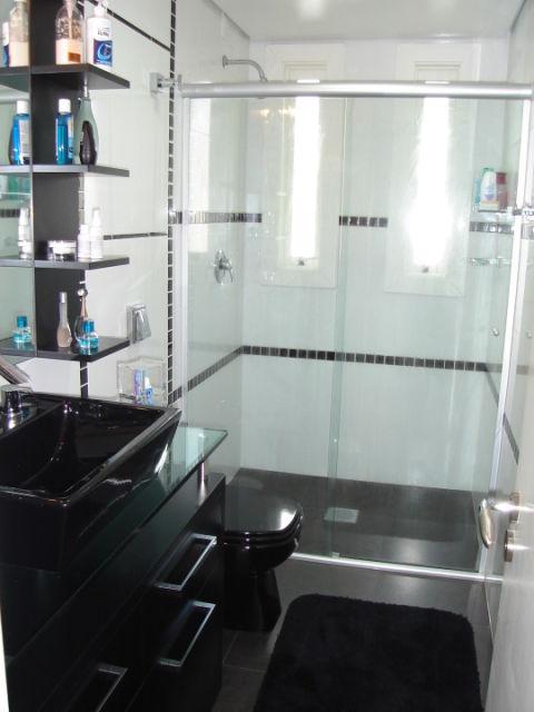 BANHEIRO PRETO E BRANCO 45 Estilos e Fotos! -> Decoracao De Banheiro Preto E Branco Com Pastilhas