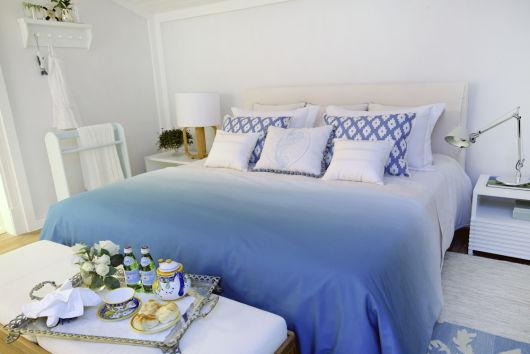 quarto azul e branco casal