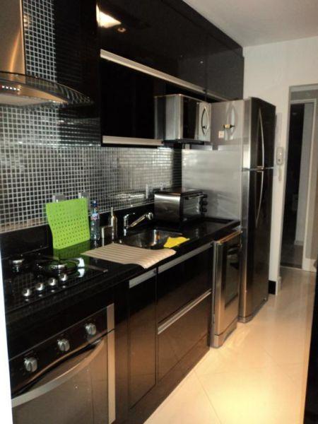 decoracao de cozinha vermelha e preta:COZINHA PRETA: 70 Modelos e Fotos de cair o queixo
