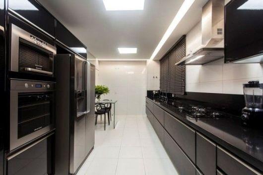 mesa vidro na cozinha
