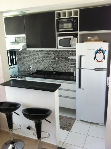 Cozinha preta 70 modelos e fotos de cair o queixo for Cocinas para apartaestudios