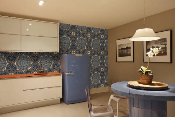Fotos de cozinhas com parede azul