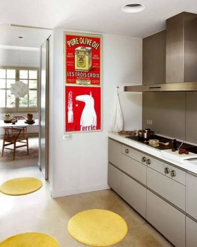 Como decorar a cozinha com tapetes e enfeites decorativos