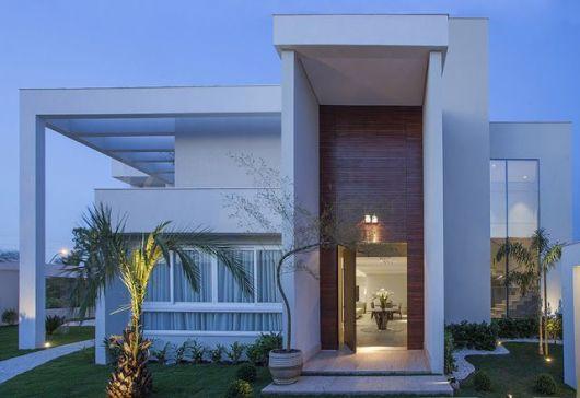 Fachadas de casas modernas 90 inspira es para se - Entradas de casas modernas ...