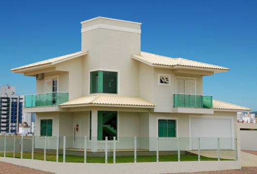 Fachadas de casas modernas 90 inspira es para se - Pintura para fachadas de casas ...