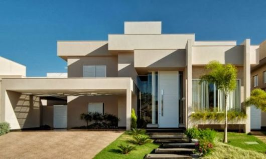 casa moderna com telhado escondido