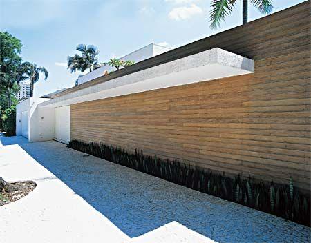 muro de madeira moderno