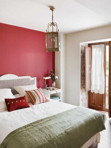 Parede vermelha 30 ideias tons e fotos - Decoracion de dormitorios rusticos ...