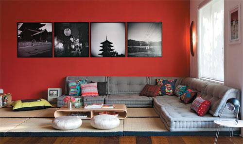 quadros em preto e branco na parede