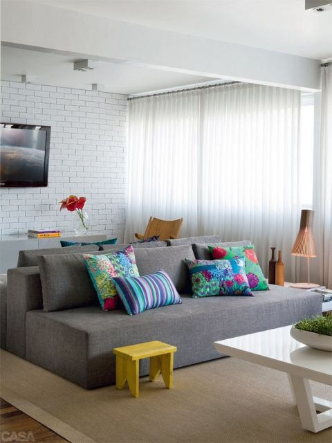 Sala De Tv Almofadas ~  tipo de item também fica muito bem para garantir conforto a sala