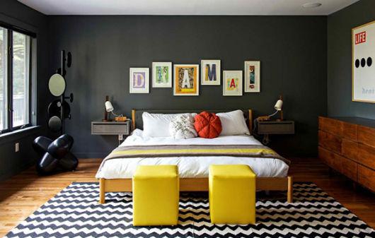 decoração parede preta
