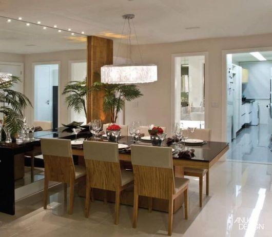 sala de janta com lustre