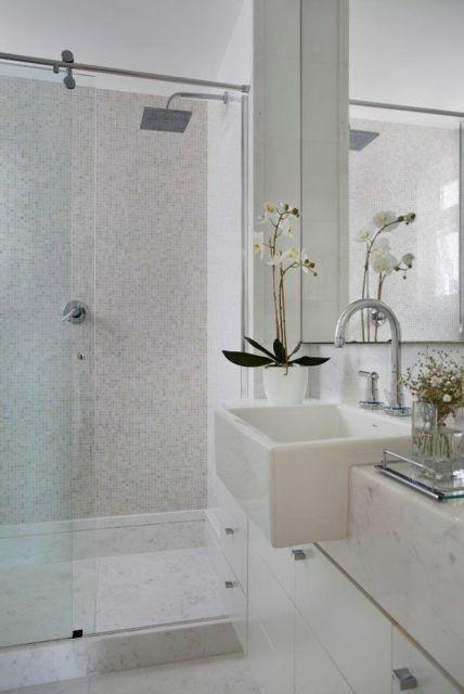 BANHEIRO BRANCO 40 fotos e ideias! -> Banheiro Com Pastilha Vermelha E Branca