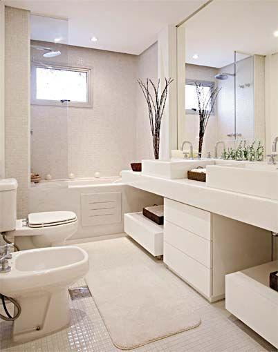 BANHEIRO BRANCO 40 fotos e ideias! -> Tapete Banheiro Pequeno