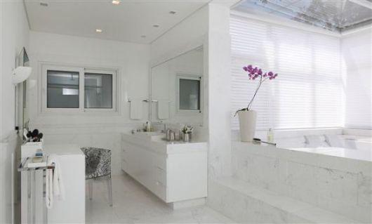 BANHEIRO BRANCO 40 fotos e ideia -> Banheiro Pequeno Todo Branco
