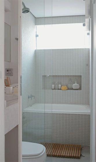 Banheiros com Banheiras 50 fotos e projetos maravilhosos! -> Tamanho Mínimo De Banheiro Com Banheira