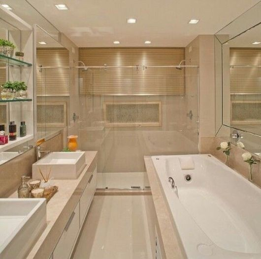 Banheiros com Banheiras 50 fotos e projetos maravilhosos! -> Dicas De Decoracao De Banheiro Com Banheira