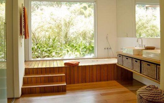 piso de madeira banheiro