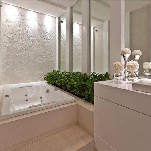 Banheiros com Banheiras 50 fotos e projetos maravilhosos! -> Banheiros Com Banheira E Jardim De Inverno