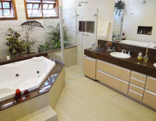 Banheiros com Banheiras 50 fotos e projetos maravilhosos! -> Fotos De Banheiro Com Banheira De Hidro