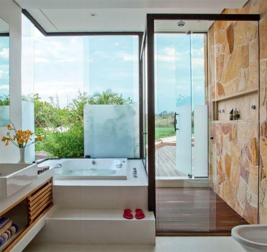 Banheiros com Banheiras 50 fotos e projetos maravilhosos! -> Banheiro Pequeno Com Banheira E Chuveiro Juntos