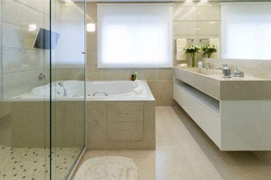 Banheiros com Banheiras 50 fotos e projetos maravilhosos! -> Banheiro Com Banheira E Jardim De Inverno