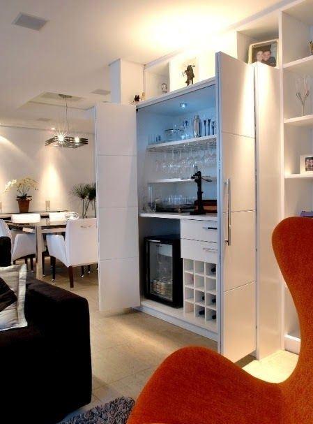 #449607 BAR EM CASA como fazer e ideias para decorar 449x607 píxeis em Bar Moderno Para Sala De Estar Imbutido