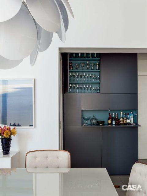 #474632 BAR EM CASA como fazer e ideias para decorar 480x640 píxeis em Bar Moderno Para Sala De Estar Imbutido