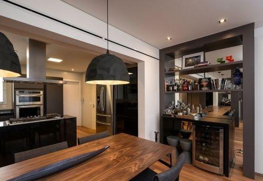 #474326 BAR EM CASA como fazer e ideias para decorar 530x365 píxeis em Bar Movel Sala Estar Moderno Colorido