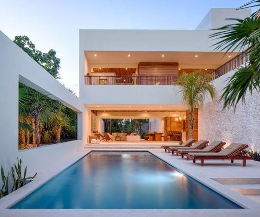 Casas com piscinas projetos e fotos for Fotos de piscinas campestres