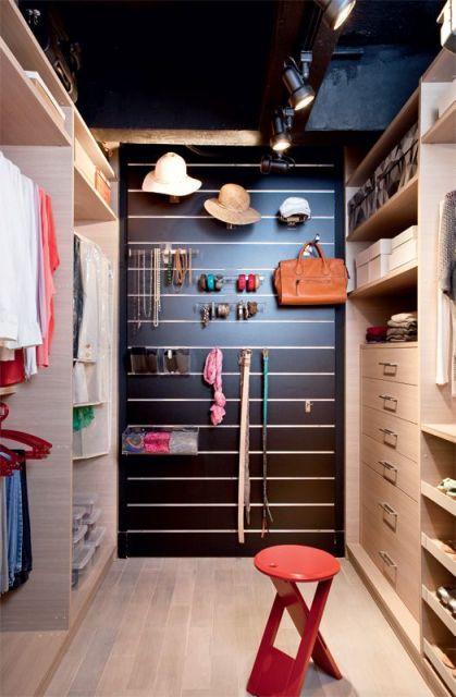 Closet feminino projetos e modelos for Ideas para closets pequenos