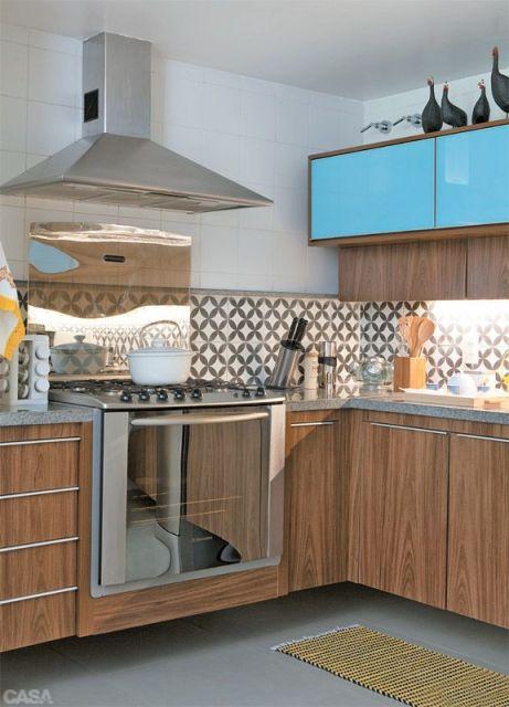 armário cozinha azul
