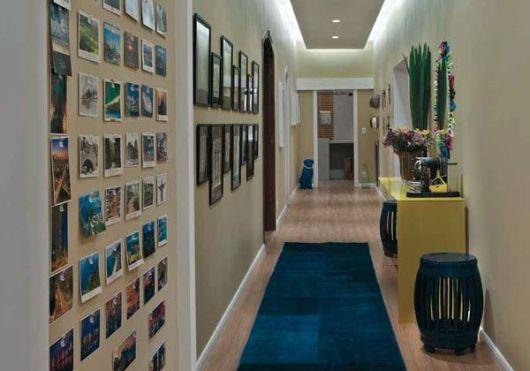 Decora o de corredor 25 fotos inspiradoras - Decorar pasillo con fotos ...