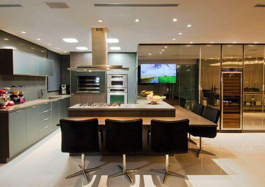 cozinha moderna com espelho