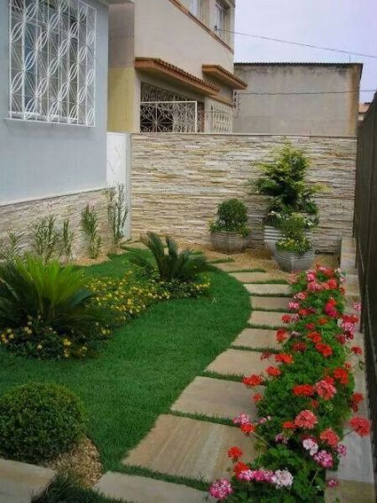 Modelos de jardins 50 inspira es para a rea externa - Jardines chicos decoracion ...