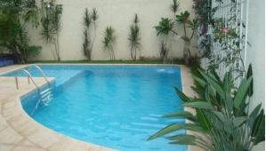 60 modelos de piscinas ideias dicas tudo sobre for Modelos de piscinas modernas