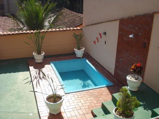 60 modelos de piscinas ideias dicas tudo sobre for Jardines redondos pequenos