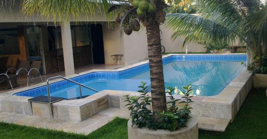Modelos de piscinas tudo sobre for Modelos de piscinas medianas