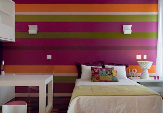 quarto feminino colorido