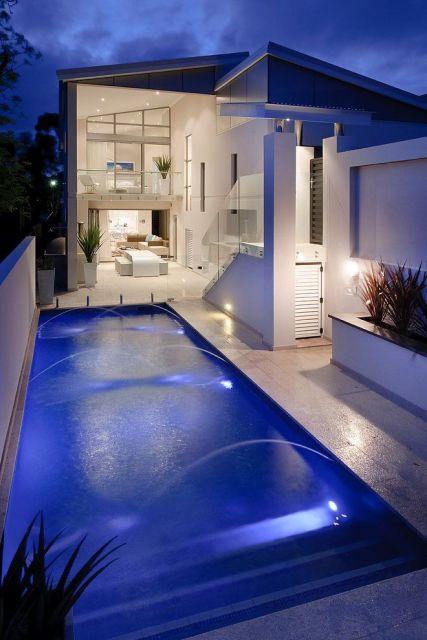 piscina com luz