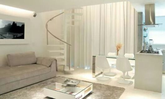 Sala com escada 30 ideias para decorar for Modelos de apartamentos pequenos modernos