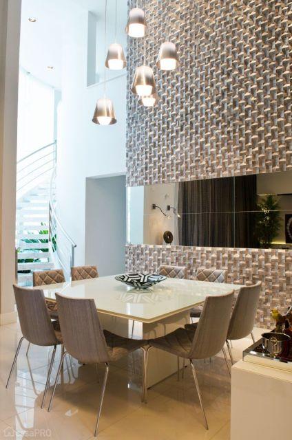 Sala de jantar moderna 50 fotos e como decorar for Modelos de espejos para salas modernas