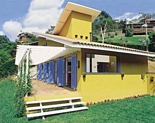 casa amarela e azul