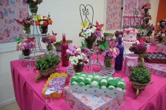 mesa decorada festa