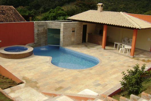 piscina arredondada
