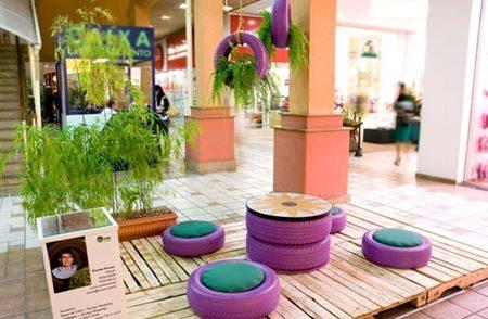 Jardim com pneus 50 ideias de reaproveitamento for Mesas con neumaticos