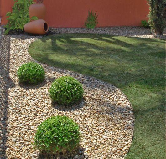jardins ideias criativas : jardins ideias criativas:Se você segue a linha mais tradicional, mas não dispensa uma boa