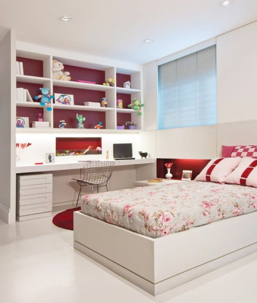 quarto com móveis planejados