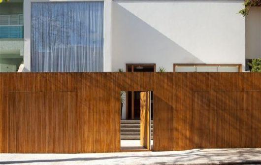 casa entrada madeira